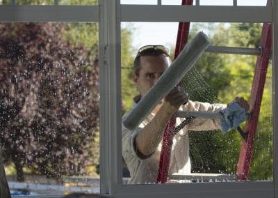 Window washing client